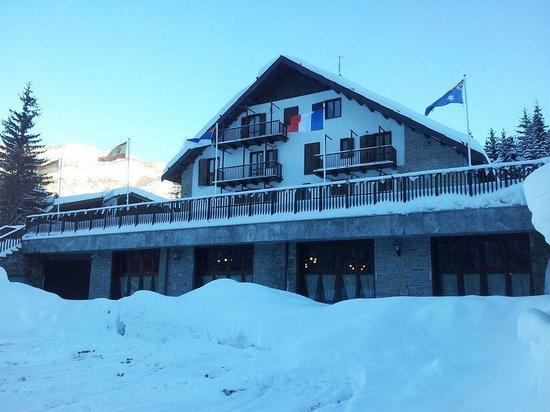 Hotel Cima del Bosco : facciata