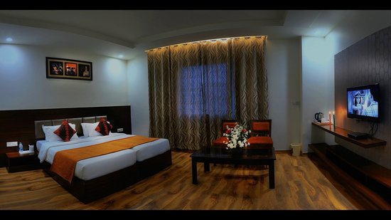 Hotel Dazzle: Super Deluxe Room