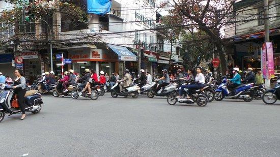 May de Ville Old Quarter Hotel: le traffic