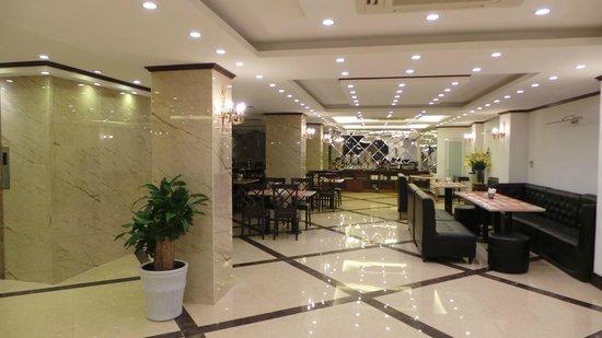 May de Ville Old Quarter Hotel: salle de petits déjeuners