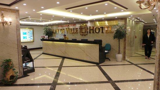 May de Ville Old Quarter Hotel: réception