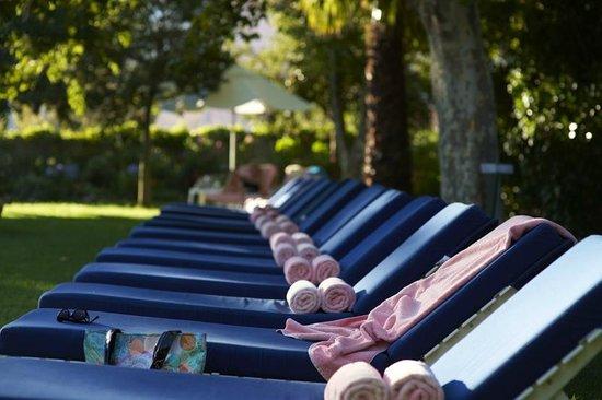 Belmond Mount Nelson Hotel: Sun Loungers