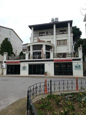 Ascot Hotel Buyukada Istanbul: Dış görünüm