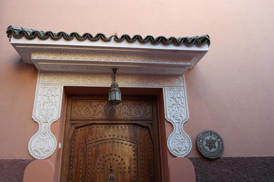 Riad Les Bougainvilliers : toegang tot hotel