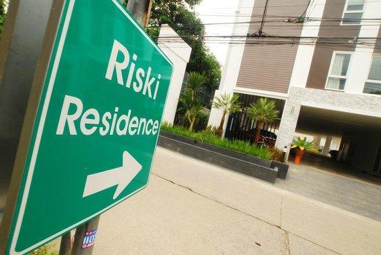 Riski Residence: .