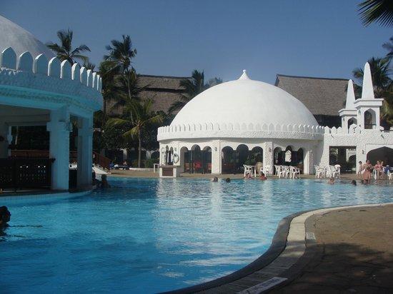 Southern Palms Beach Resort : billede fra det smukke pool område