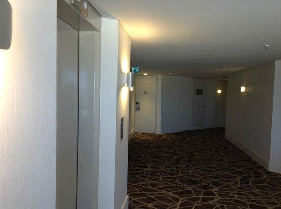 Rendezvous Hotel Perth Scarborough: Modern Level 12