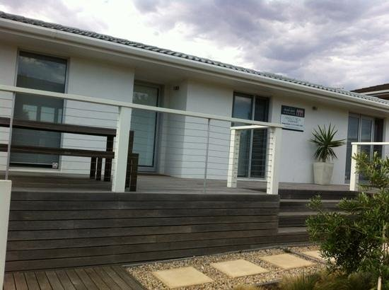 Beach Huts Middleton: front view of Anglesea