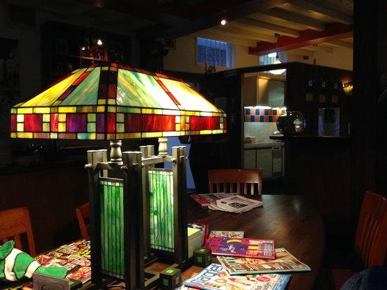 Hotel de Emauspoort : Coffee / Family / Reading area