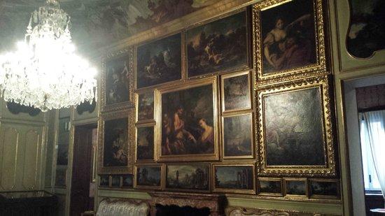 Palazzo Morando : I quadri