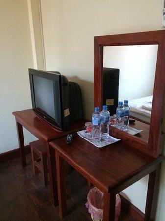 Inthasak Guesthouse: Standard room