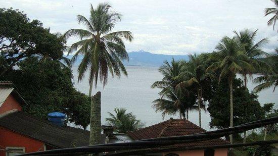 Pousada Refugio do Capitao: vista da pousada para o mar