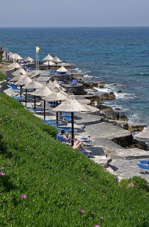 Nana Beach Hotel: пляж для взрослых