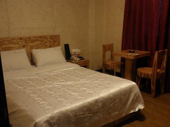 Gung Tourist Hotel: ベット