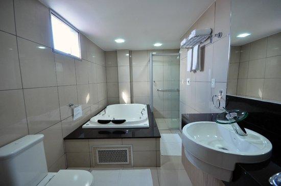 Sabino Palace Hotel : Banheiro da Suite