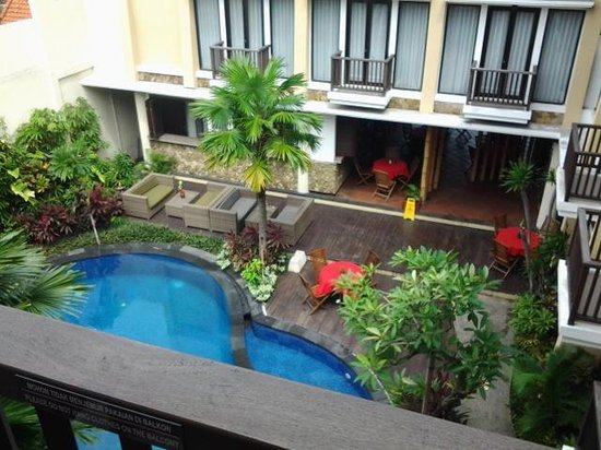 Suris Boutique Hotel : View from my 3rd story room