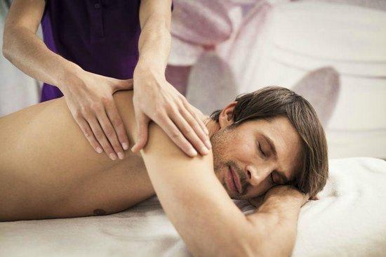 Narzissen Vital Resort - Solebad: Massage Narzissen Bad Aussee, Wellness