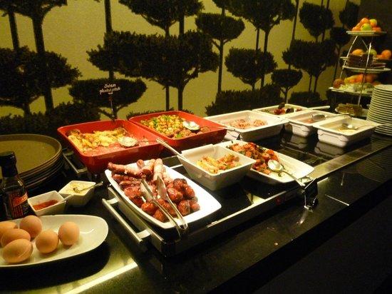 Bohem Art Hotel: superbe buffet petit dej
