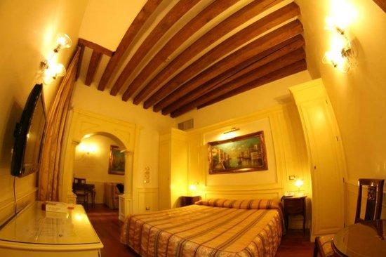 Hotel Bella Venezia : notre chambre