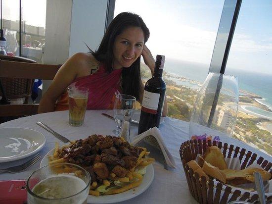 Hotel Miramar Suites: Plato y Vista desde el Restaurant