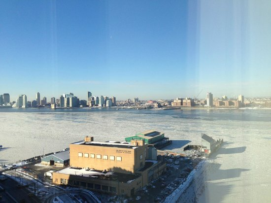 The Standard, High Line: room view day_frozen Hudson