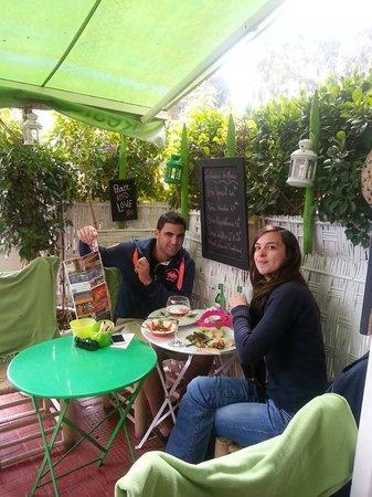 La Cuisine de Mona: La petite terrasse
