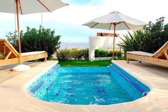 Baie des Anges Apart Hotel: Hidromasaje para 8 pax frente al mar