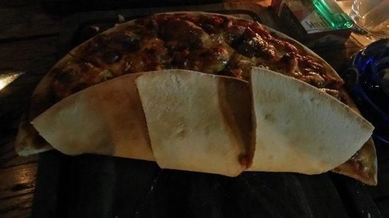 di Vino: La pâte à pizza n'est pas cuite après une heure d'attente