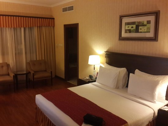 Flora Grand Hotel : Nice and clean room