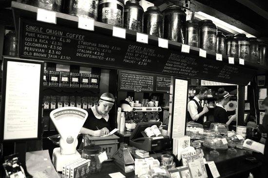 Stokes High Bridge Cafe: Shop