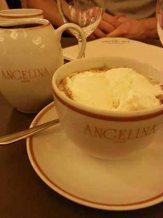 Angelina Paris : The Hot Chocolate