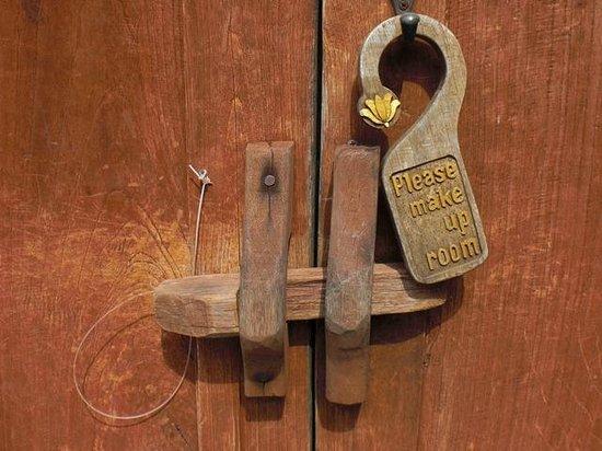 Ajanta Villas: 部屋(敷地)扉の内鍵