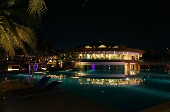 Springfield @ Sea Resort & Spa: Pool and Hotel