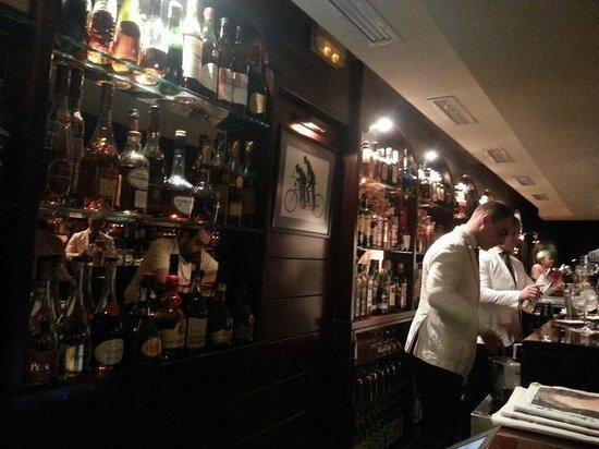 Tandem Cocktail Bar: the bar