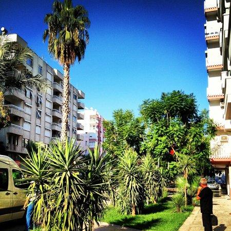 Suite Laguna Apart Hotel: Вид рядом с гостиницей