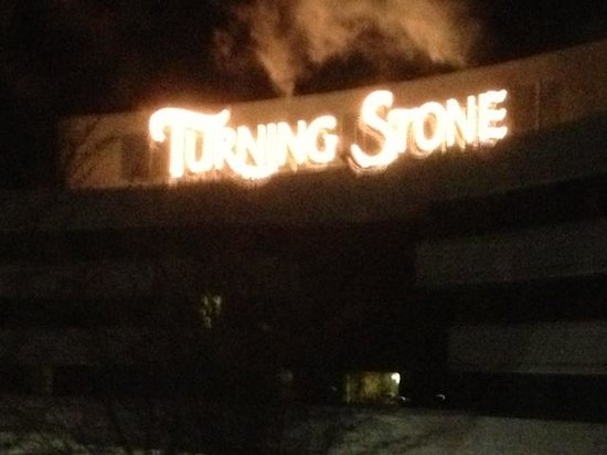 The Hotel at Turning Stone Resort: Turning Stone entrance