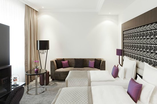 Steigenberger Grandhotel Handelshof: Deluxe Zimmer