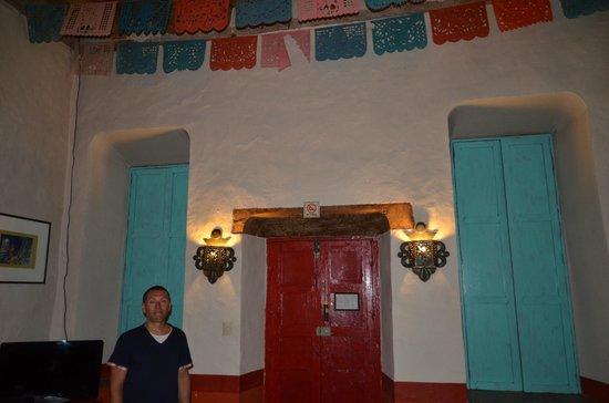 Hotel Casa Encantada: Colonial room