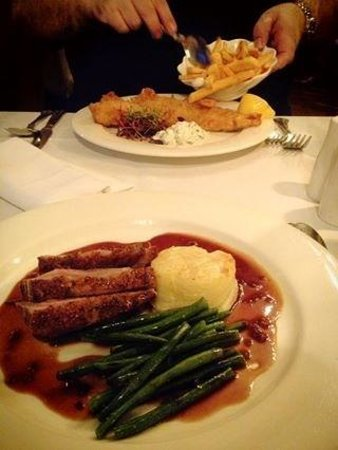 Ramada Resort Cwrt Bleddyn Hotel & Spa : rump of lamb for me and beer battered fish for hubby