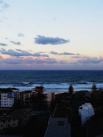 Ipanema Resort Apartments: Sunset view.