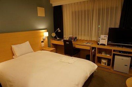 ART HOTEL Hirosaki City : セミダブルの部屋