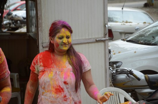 Hotel Mint Oodles: neighbours friendly enough to let us play Holi with them