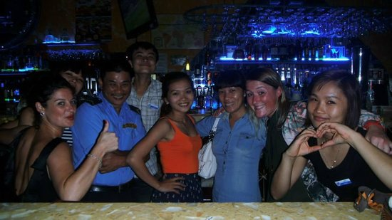 Booze Cruise Sports Bar & Grill: Staff & Security Guard