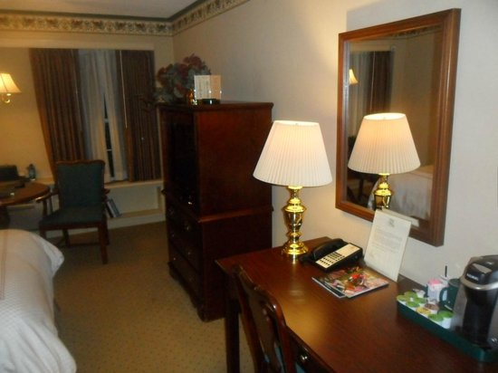 The Olde Mill Inn: Beautiful rooms