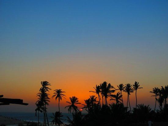 Pousada Araxa: Por do Sol visto da sacada no andar superior