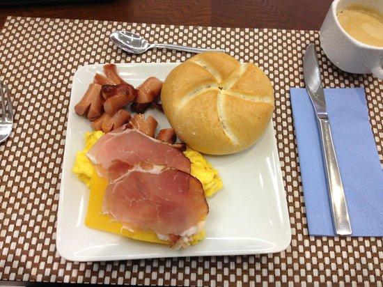 Best Western Plus Hotel Arcadia: breakfast