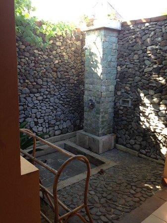 Taman Sari Bali Resort & Spa : bathroom