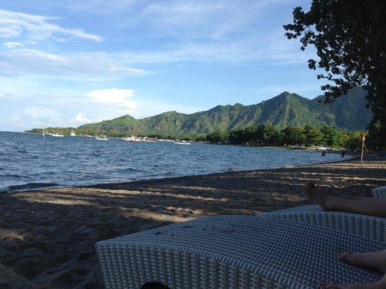 Taman Sari Bali Resort & Spa : Peaceful beach and beautiful view, snorkelling close by