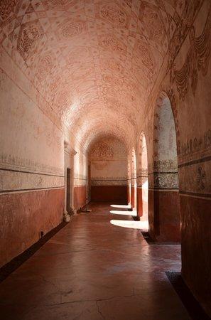 Ex Convento Dominico de la Natividad: Hallway in the Convent