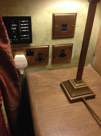 Bannatyne Hotel - Charlton House : The lamp was plugged into a normal socket rather than the special lighting socket